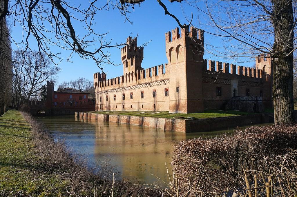 Castello dei Manzoli bis