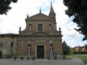 La chiesa al centro del villaggio